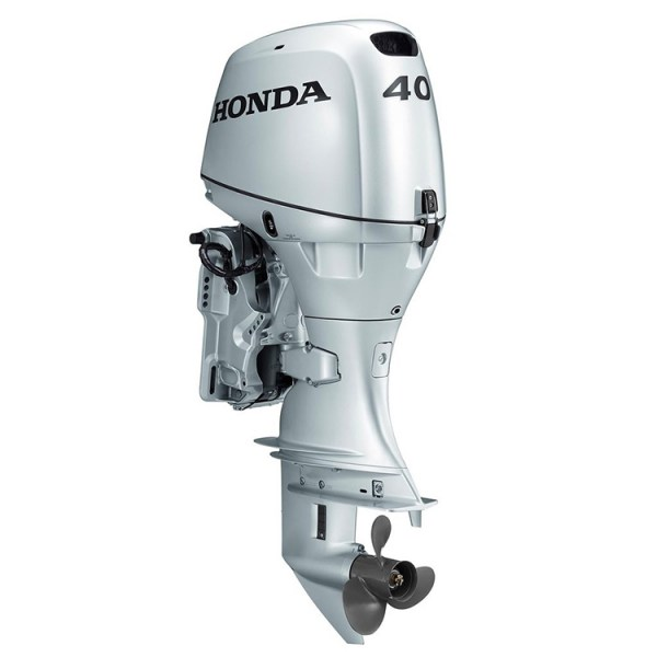 Honda_Marine_Outboard_Engines_0007_Outboard_BF40-2